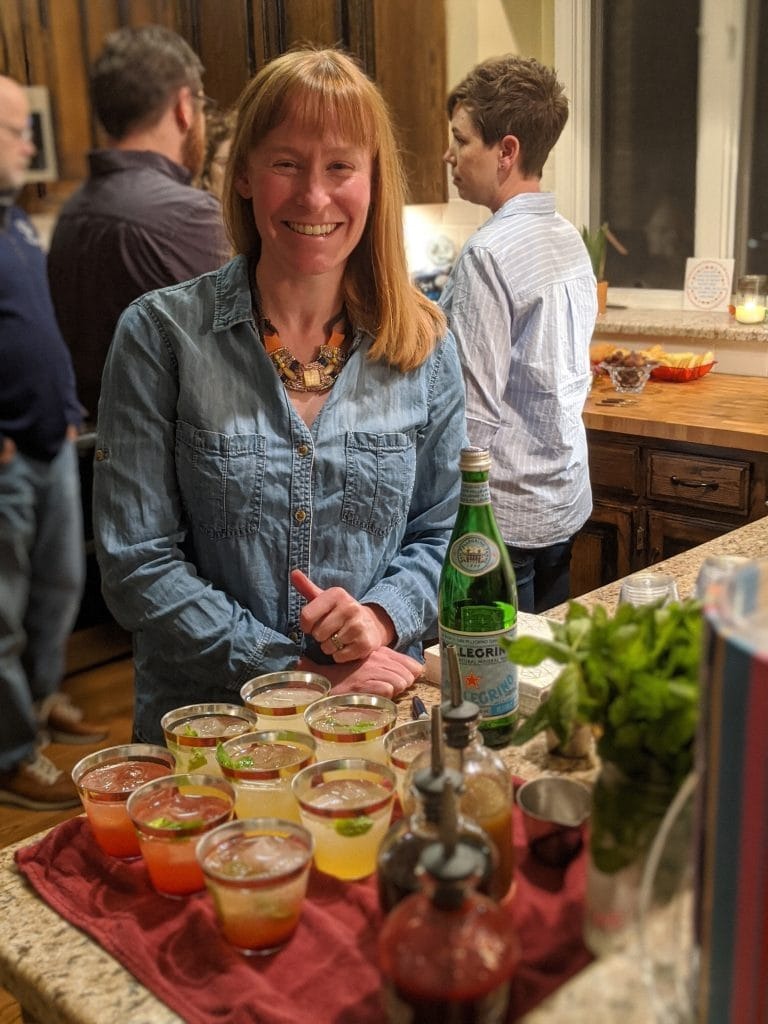 how to make great cocktails at home with three types of simple syrup