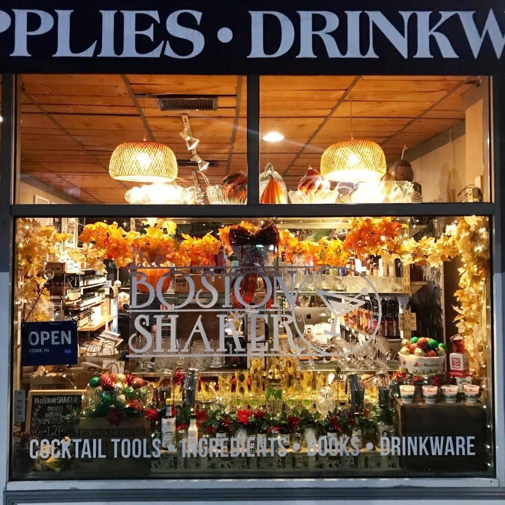 cocktail shops boston shaker