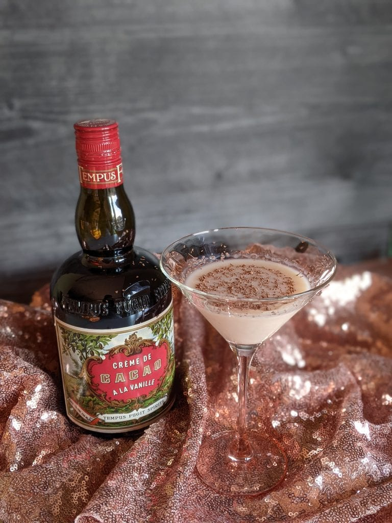 peanut butter cup martini using fat washing