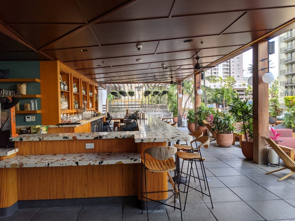 bars in oahu hideaway at laylow