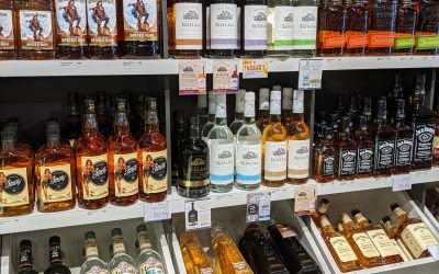 The 12 Quality Hawaiian Distilleries: A Complete Guide by Island