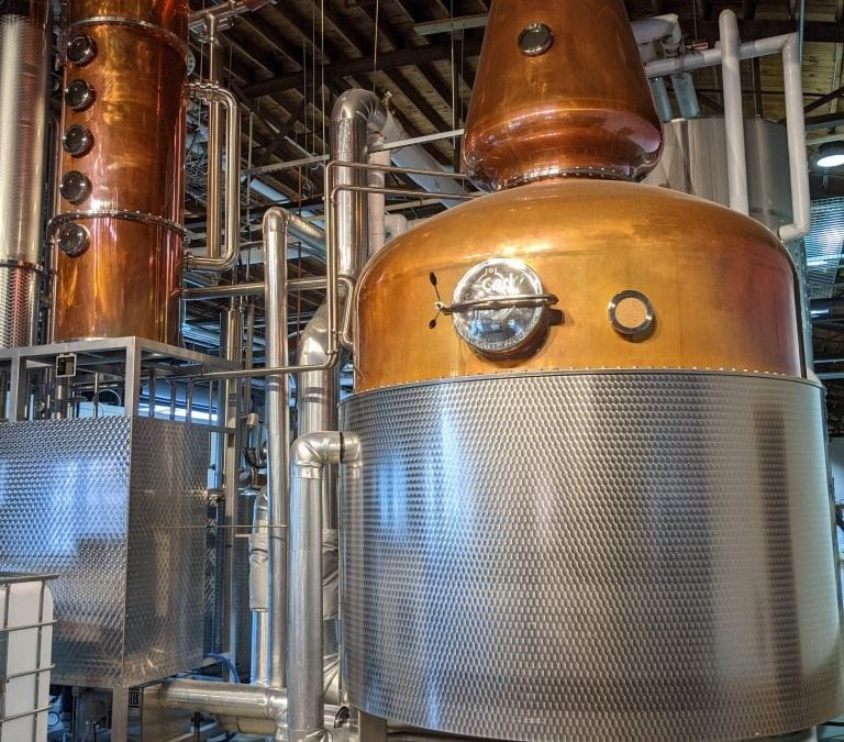 9 of the Best Charleston Distilleries + Boozy Ice Creams