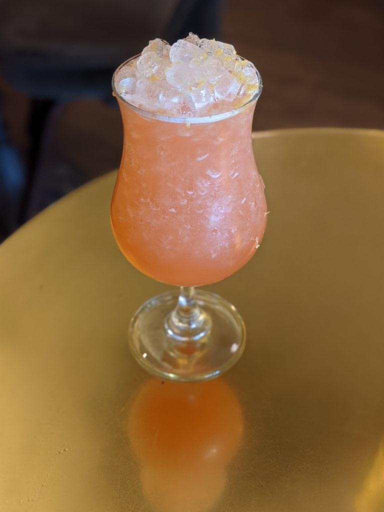 drinks in charleston vintage lounge