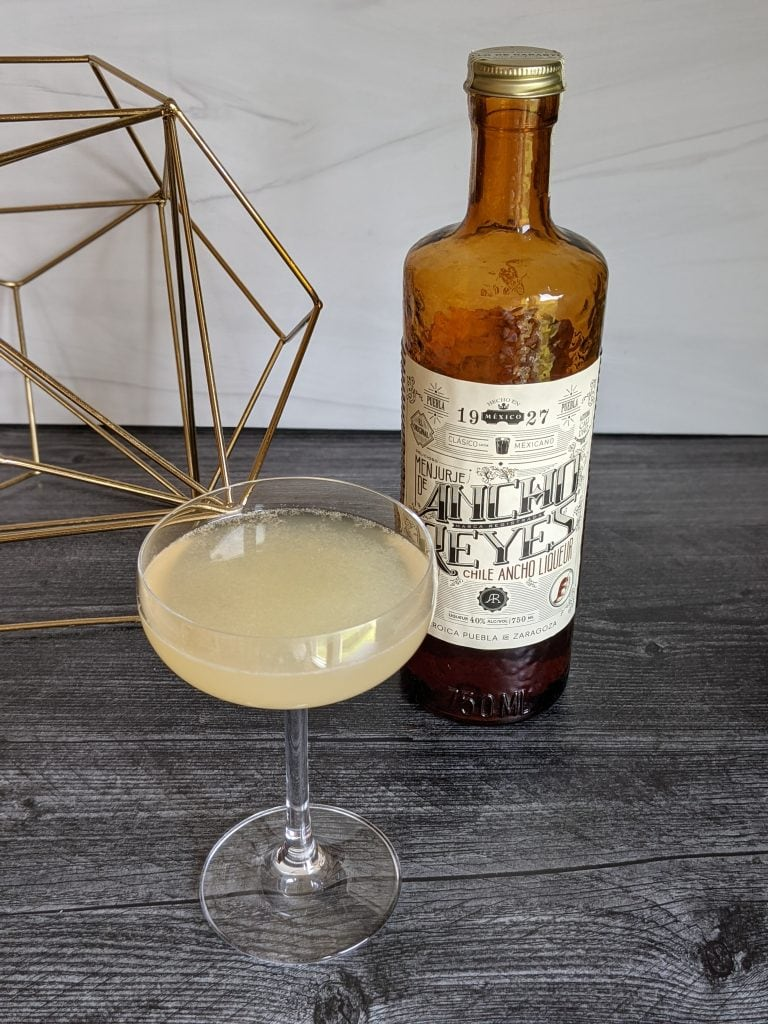 spicy gin cocktails gimlet