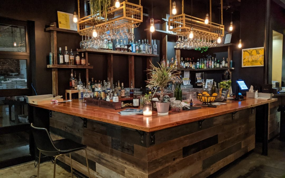 8 of the Best Restaurants and Bars in Chattanooga for a Cocktail